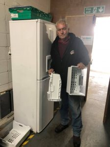 Ken Wyatt delivering Fridge to FoodAWARE CIC HQ
